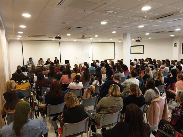 Imágenes de las asambleas extraordinarias de Escuelas Infantiles Unidas en Málaga y Sevilla